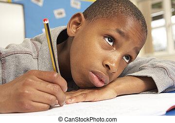 klasa, badając, nieszczęśliwy, uczeń