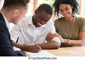klientela, rodzina, hipoteka, para, kontrakt, znak, afrykanin, pożyczka, ubezpieczenie, szczęśliwy