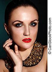 kobieta kaukaska, włosy, makijaż, brunetka, fason, przepych, czysty, dodatkowy, młody, zdrowy, closeup, piękny, usteczka, portret, look., skóra, doskonały, jewelery, wysoki, sexy, wzór, czerwony, jasny