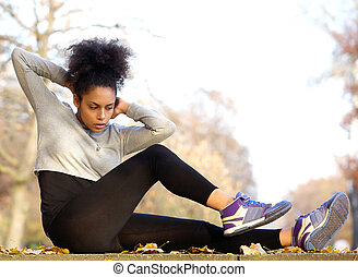 kobieta, młody, amerykanka, ups, pozować, afrykanin, wykonując
