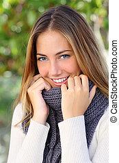 kobieta, uśmiech, doskonały, zima, piękny, biały