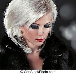 kobieta, ustalać, tytułowanie, do góry, włosy, blond