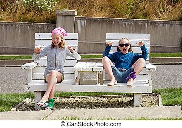 krzesło, dzieciaki, park, dwa