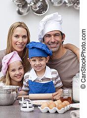 kuchnia, wypiek, rodzinny portret