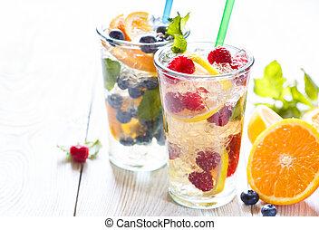 letni owoc, water.