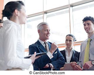 lider, handlowy, brainstorming, prezentacja, zrobienie