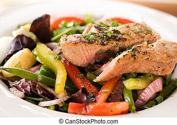 lunch, tuńczyk