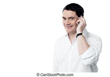 mówiąc, ruchomy, szczęśliwy, telefon, człowiek, jego