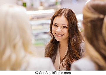 mówiąc, uśmiechanie się, spotkanie, dziewczę