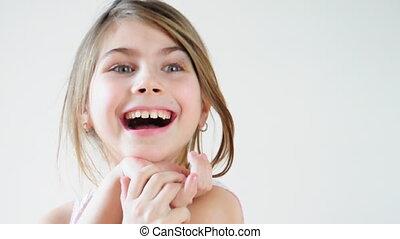 mały, śmiech, dziewczyna