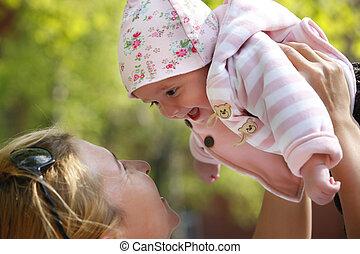 mamusia, szczęśliwy, jej, dziecko