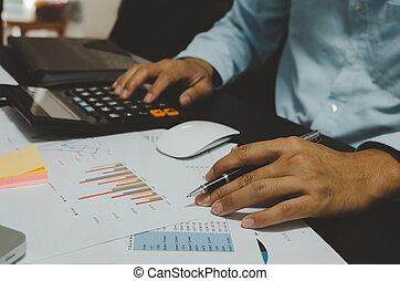 management., kalkulator, finanse, wykresy, statystyka, growth.business, pióro, utrzymywać, zameldować, zbyt, mężczyźni, handlowy, korzyść, dokument, zobaczcie