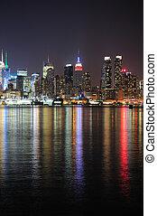 miasto, midtown, sylwetka na tle nieba, york, noc, nowy, manhattan