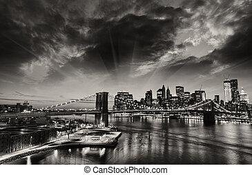 miasto, zima, -, sylwetka na tle nieba, zachód słońca, york, nowy, manhattan