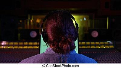 mieszalna kasetka, inżynier, samiec, pracujący, odgłos