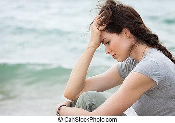 myśl, kobieta, przewrócić, głęboki, smutny