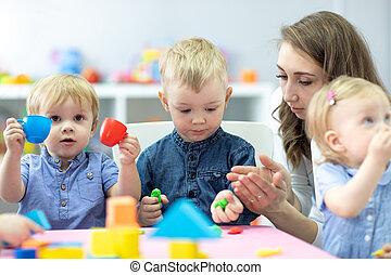 nauczyciel, gra, toys., spleśniały, children., mały, dzieciaki, glina