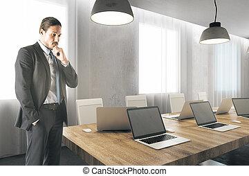 nowoczesny, busiessman, młody, biuro