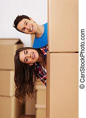 nowy, podczas, para, przeniesienie dom, zabawa, posiadanie