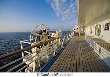 onboard, okrętujcie rejs