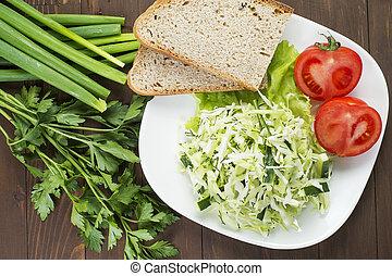 płyta, sałata, ogórek, położony, herbs., kapusta, poza, biały, pomidory, bread