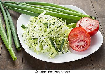 płyta, sałata, ogórek, położony, herbs., zielona kapusta, cebule, biały, pomidory, poza