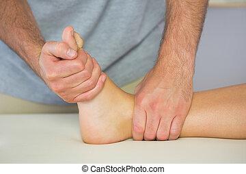 pacjenci, stopa, fizykoterapeuta, egzaminując