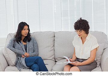 pacjent, jej, rozmawianie, terapeuta