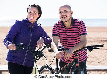 para, bicycles, reputacja