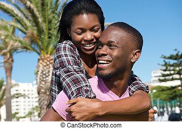 para, młody, razem, śmiech, outdoors, szczęśliwy