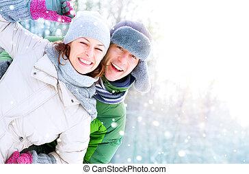 para, posiadanie, szczęśliwy, outdoors., urlop, zima, zabawa, snow.