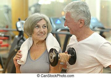 para, sala gimnastyczna, wykonując
