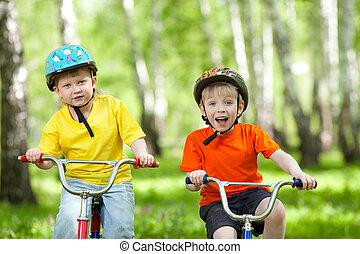 park, szczęśliwy, rower, zielony, dzieci