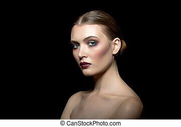 piękna kobieta, wizerunek, makijaż, młody, jasny
