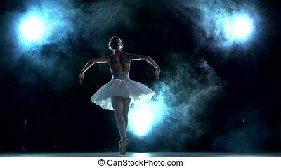 piękny, błękitny, młody, tancerz, przedstawianie, tło