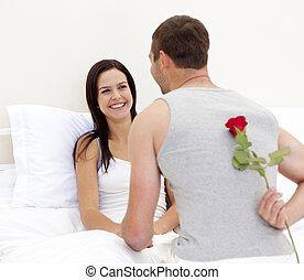 piękny, jego, żona, udzielanie, róża, człowiek