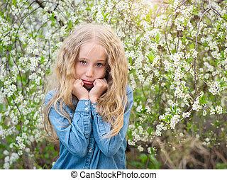 piękny, orchard., jej, wiosna, wiśnia, twarz, siła robocza, dziewczyna, poparcia