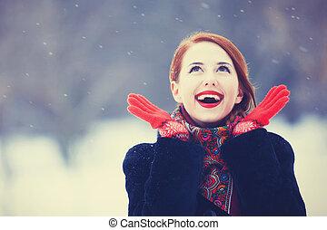 piękny, rudzielec, park., zima, kobiety