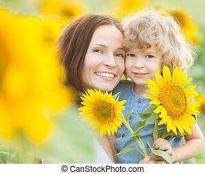 piękny, słoneczniki, rodzina, szczęśliwy