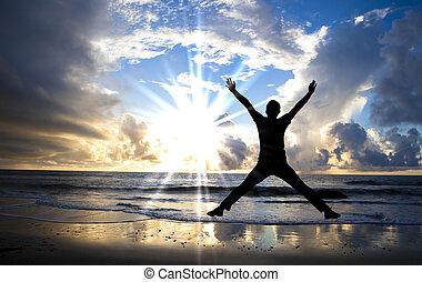 piękny, skokowy, szczęśliwy, plaża, wschód słońca, człowiek