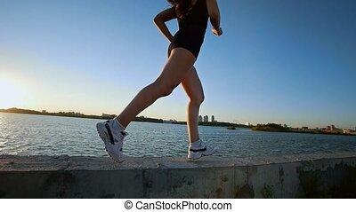 piękny, sportowy, wyścigi, blisko wody, dziewczyna
