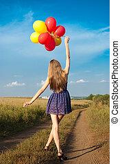 pieszy, jego, kraj, krótki, siła robocza, wzdłuż, strój, dziewczyna, droga, balony