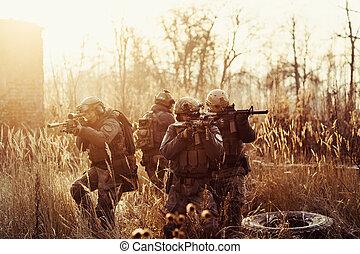 pistolety, wojsko, pole