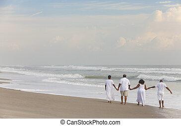 plaża, mężczyźni, szczęśliwi kobiety, amerykanka, pary, afrykanin, senior