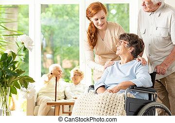 podpórkowy, kobieta, pielęgnacja, dom, starszy, niepełnosprawny, senior, caregiver, człowiek