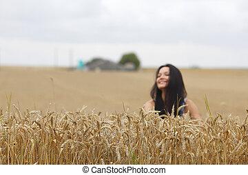 pole, kobieta, pszenica