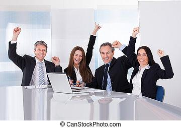 portret, businesspeople, szczęśliwy