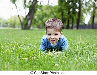 portret, chłopiec, mały, outdoors