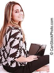 portret kobiety, znowu, używając, patrząc, laptop, ty, piękny