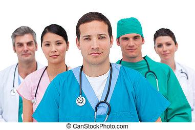 poważny, medyczny zaprzęg, portret